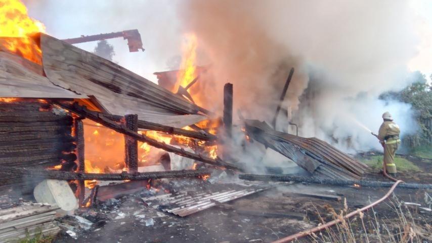 Пожар Селивановский район, п. Новый Быт, ул. Октябрьская, д. 3