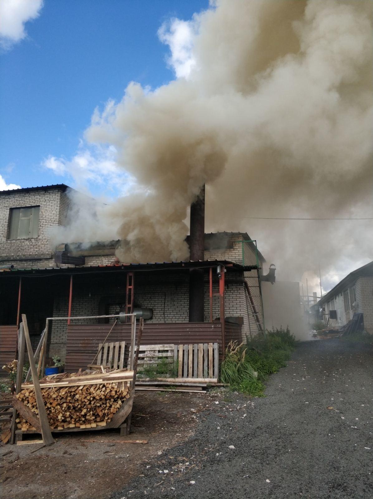 Пожар Ковровский район, п. Гигант, ул. Тепличная, д.28